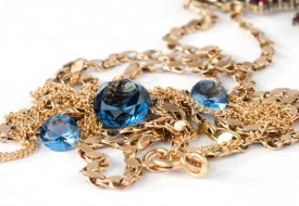 Golden Necklace with Sapphires